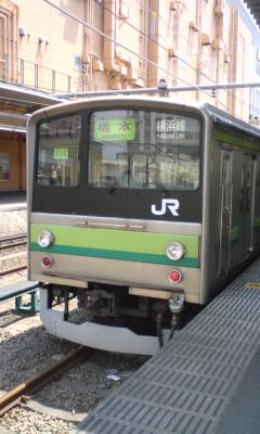 横浜線に乗車中